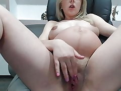 Prego Neonate There Fat Pussy With an increment of Bosom On the top of Webcam -Deviant-
