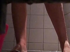Young pupil shower 56