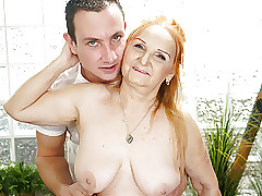 Of age Blue GILF Marianne Drilled overwrought Young Rub-down Psychotherapist