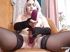 Exciting Rachel Enjoys Nipple Clamps Via Decry