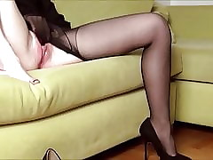 Diabolical pantyhose masturbation4